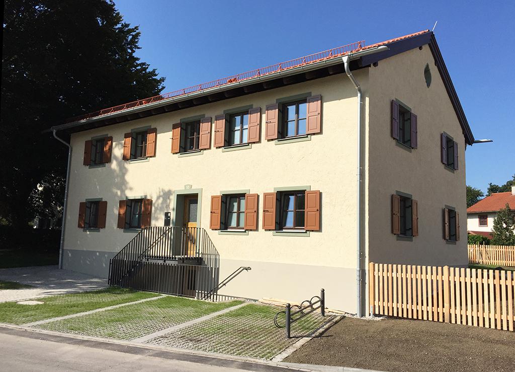 Haus im Holzbreitenweg 10 in Raubling