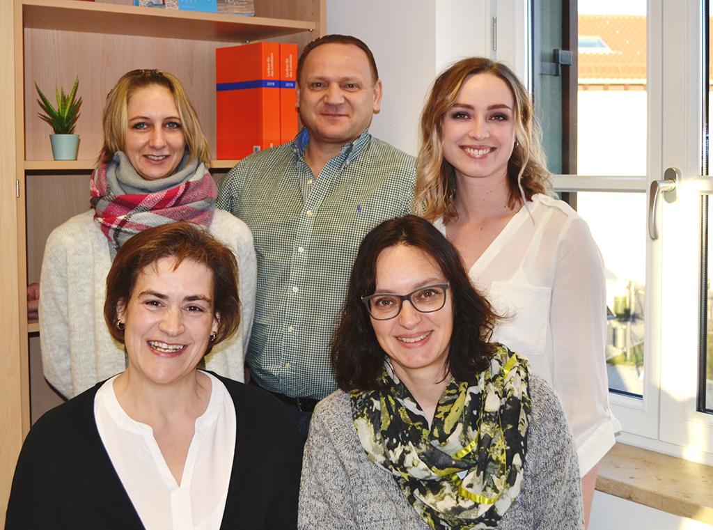 Teambild Verwaltungsmitarbeiter des Christlichen Sozialwerks Raubling e.V.